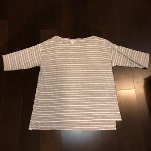 EUC Eileen Fisher Medium Tencel Top!